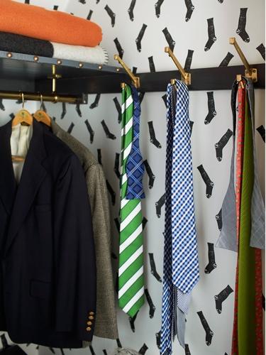 Lisa Mende Traci Zeller Adamsleigh Socks Wallpaper