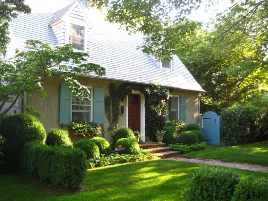 Bee Cottage Frances Shultz