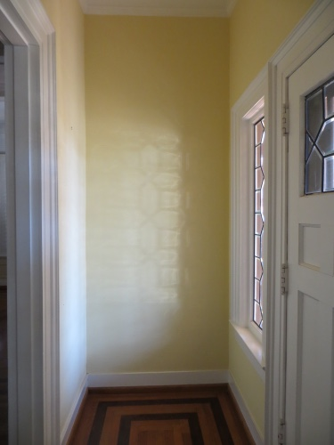 Showhouse Foyer Before 2