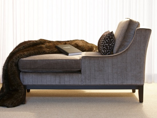 Brentwood Classics Catherine Chaise